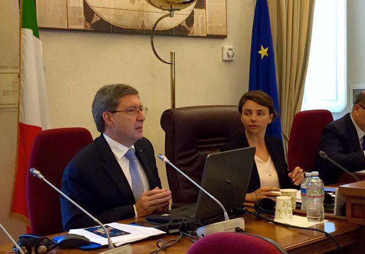 Giovannini alla camera serve legge di stabilit coerente for Commissione esteri camera